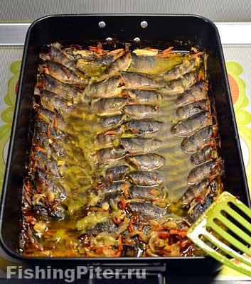 Рыбные шпроты из мелкого окуня